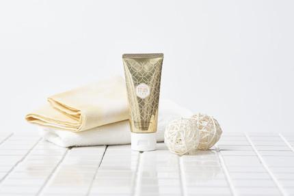 ハナマルキ、「透きとおった甘酒プレミアム」を使ったコスメテックスローランドとのコラボ「甘酒こまち リッチハンドクリーム ゆずの香り」を発売